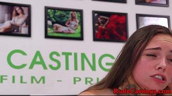 Casting Cu O Tanara Draguta De 17 Ani Care Este Fututa Brutal