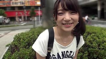 【潮ふき・オナニー動画】こんなロリ可愛いポニテの娘とプレイしちゃいます・・・