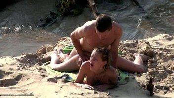 Sex La Rau In Nisip Xxx Cu Tatani Din Buzau 2019