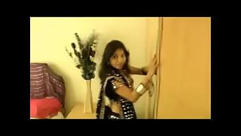Kavya Sharma Home Alone Horny  - IndianSexMms.co tamil marathi