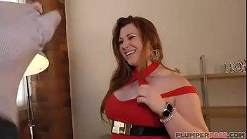 thumb British Plumper Estella Bathory Gets Twelve Inc