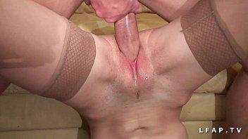 Jeune petite francaise grave demonter par une grosse bite pour son casting porno  #1202049