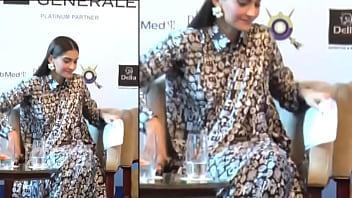 thumb Sonam Kapoor Boobies Exposed Wardrobe Malfunction Video