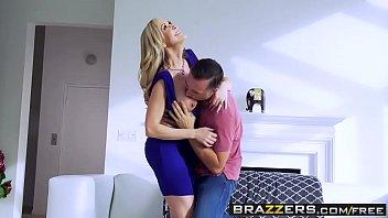 Brazzers - brazzers exxtra - brandi love moniqu...