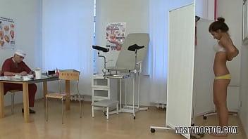 Рускиий анал на проеме в врача