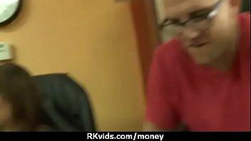 xxarxx الاباحية الصب في سن المراهقة مقابل المال
