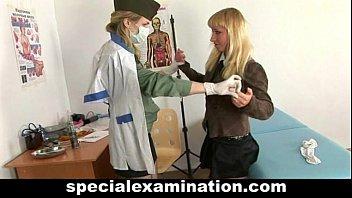 thumb Blonde Babe Gets Gyno Exam