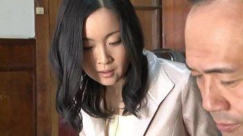 206หนังโป๊สาวใหญ่xxxUncenเต็มเรื่อง แม่หม่ายผัวตายโดนจับเย็ดมีหลายตอนห้ามพราด