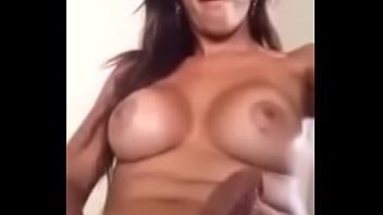 Melissa Fênix se masturbando com muito tesão