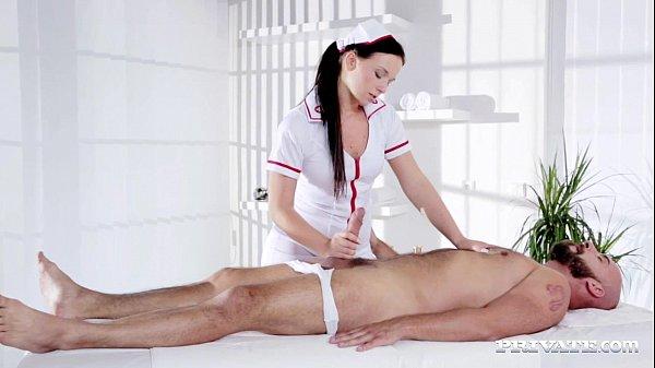 Трах медсестер в анал фото