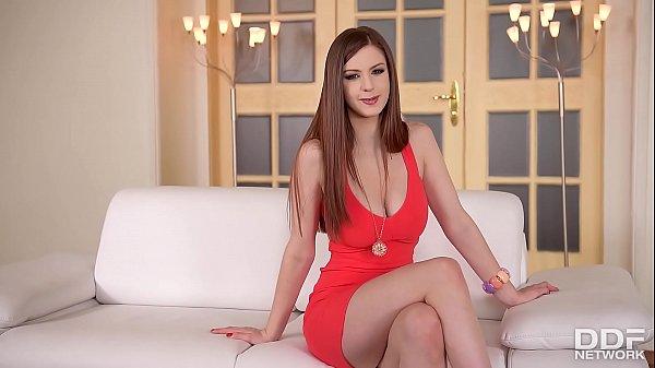 На собеседовании с лесбиянкой русское порно онлайн