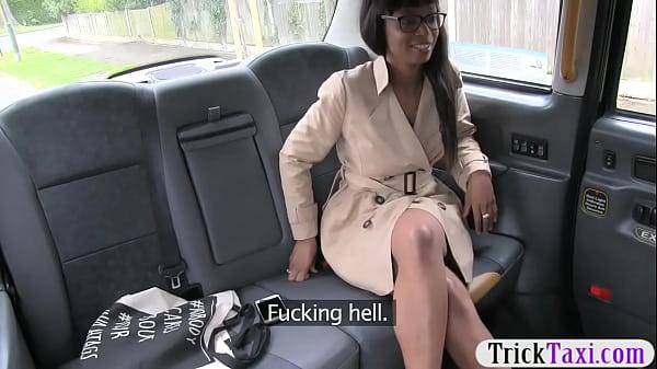 Big boobs ebony passenger babe gets slammed in the taxi