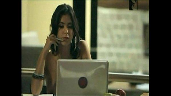 Смотреть фильмы онлайн две русские студенки на на порно кастенге