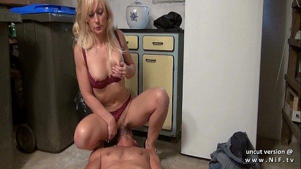 Порно кончил в мамашку