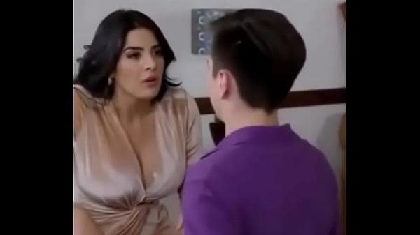 Hot milf Kaylynn has her ass filmed in close up by her boyfriend № 38566 без смс