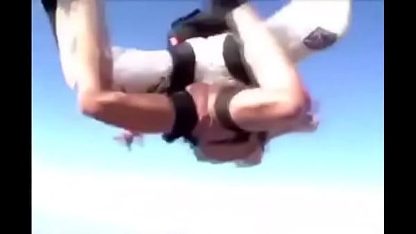 skydiving Nake girl