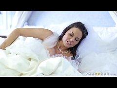 Brazzers - Cheating bride Simony Diamond loves ...