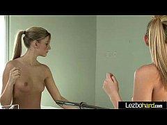 (Riley Reid & Kenna James) Lez Horny Girls Make...