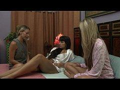 Lesbian Healing Power - Mercedes Carrera, Allie Eve Knox
