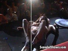 Sexy striper slut pleases a lucky guy