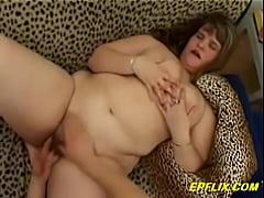 Chubby girl riding a dick