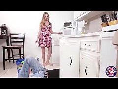 Dona de casa fudendo com o encanador