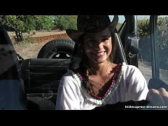 En Evissa Sex at the wrangler jeep - Little Cap...