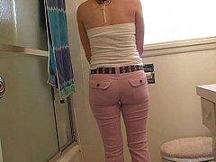 Alexandra Belle wetting her pants omroashi desperation