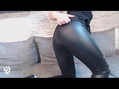Striptease Strip Deutsch vid: NEUES VIDEO!! LEDER LEGGINGS