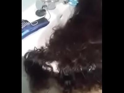 قحبة مغربية حلقت شعرها الطويل