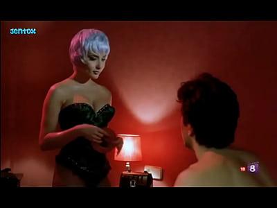 "Marta Sanchez; tetas en escena de sexo ""Supernova"""