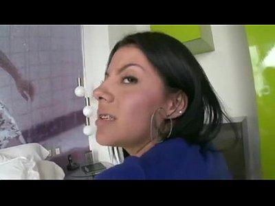 Juliana Stacked Colombian