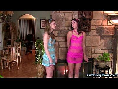 Georgia Jones and Faye Reagan Lick Ass