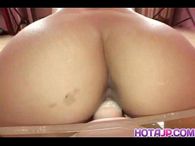 Lemon Momosaki fucks with sex toys in crack