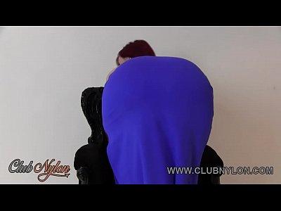 rossa tette enormi presa in giro in calze