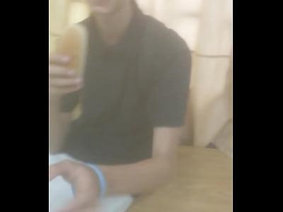Luiz revezando leitinho gostoso