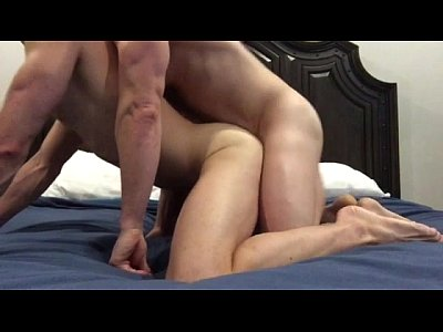Cumming while husband fucks me Bareback PromiscuousBoys.com.br