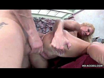 sexy milf masturbating shorthaired arrecho baila