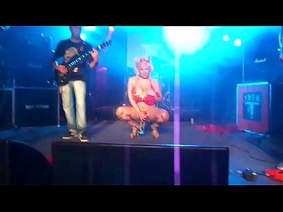 Un Bar en el Infierno - Asbury Live Club - xntnx.com