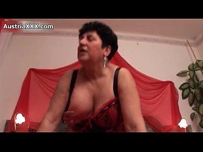 hardcore_european_blowjob_amateur_homemade_lingerie_german