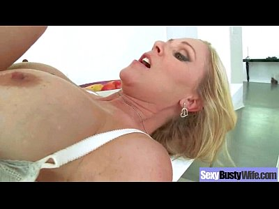 Mature Hot Lady (julia ann) With Big Round Boobs Enjoy Sex clip-17