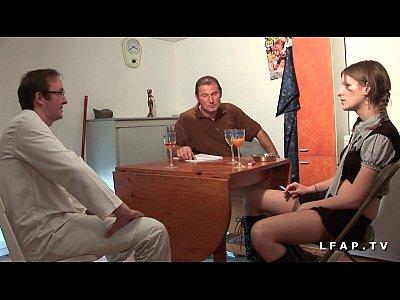 MMF Petite etudiante francaise sodomisee fistee et couverte de sperme chaud