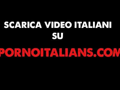 Milf troia italiana scopata da transessuale brasiliana