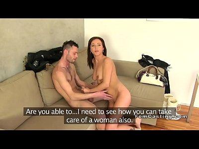 milf agente guardando la coppia scopata in casting porno