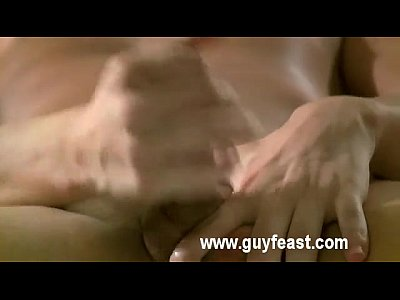 shaved_amateur_masturbation_solo_brownhair_gay_twink_latin_uncut_soloboy