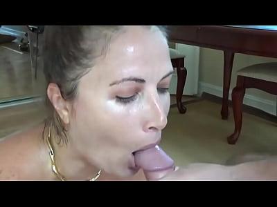 adolescente muito gostosa se masturbando
