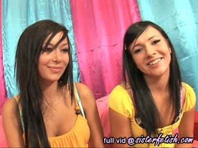 teen_pussy_babe_pornstar_brunette_amateur_fingering_fetish_straight