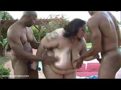 Sexy SSBBW Anastasia Vanderbust Get Plowed by 2 BBC