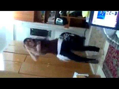 رقص منزلى جامد لاحلى دلوعة مصرية - YouTube.MP4