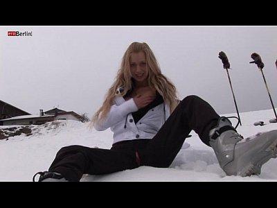 #teen_outdoor_naked_masturbation_public_fisting_russian